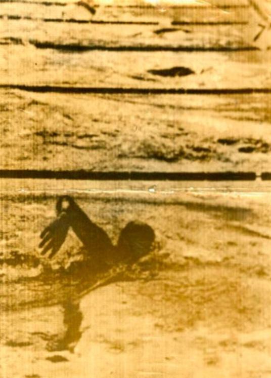 05 - Piedade Coutinho na primeira telefoto da imprensa brasileira, na Olimpíada de 1936. Crédito: O Globo